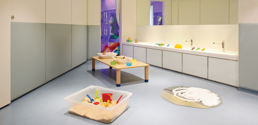 SPRING Sensory Discoverer Room Programme Class Sensory stimulation Pre-Nursery Development Children  Independence
